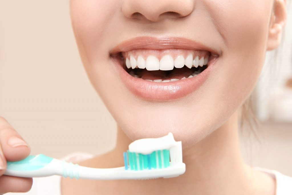 4 Ways To Improve Your Dental Hygiene Routine
